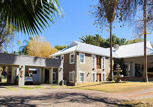 Three Gables Guesthouse | Bed and Breakfast Accommodation | Upington | Northern Cape